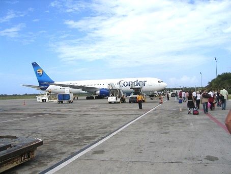 Airport - image: Wikipedia.com